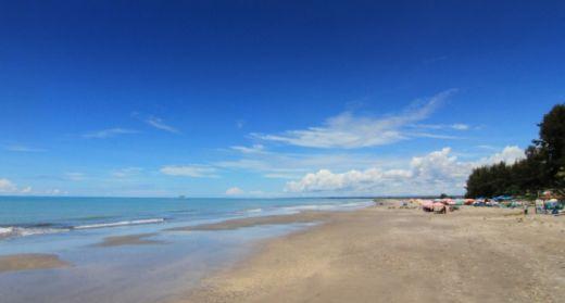 pantai-gandoriah-primadona-wisata-dengan-legenda-kisah-cinta-di-kota-pariaman